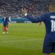 Kilian Mbappé et l'arbitre