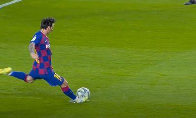 Lionel Messi frappe au but