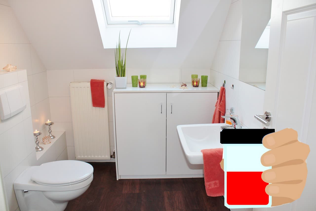 Urine rouge WC